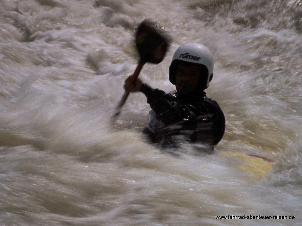 Gefahren im Wildwasser: Unsere Tipps zum Einstieg in dieses Thema