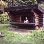 Shelter auf dem Biwakplatz