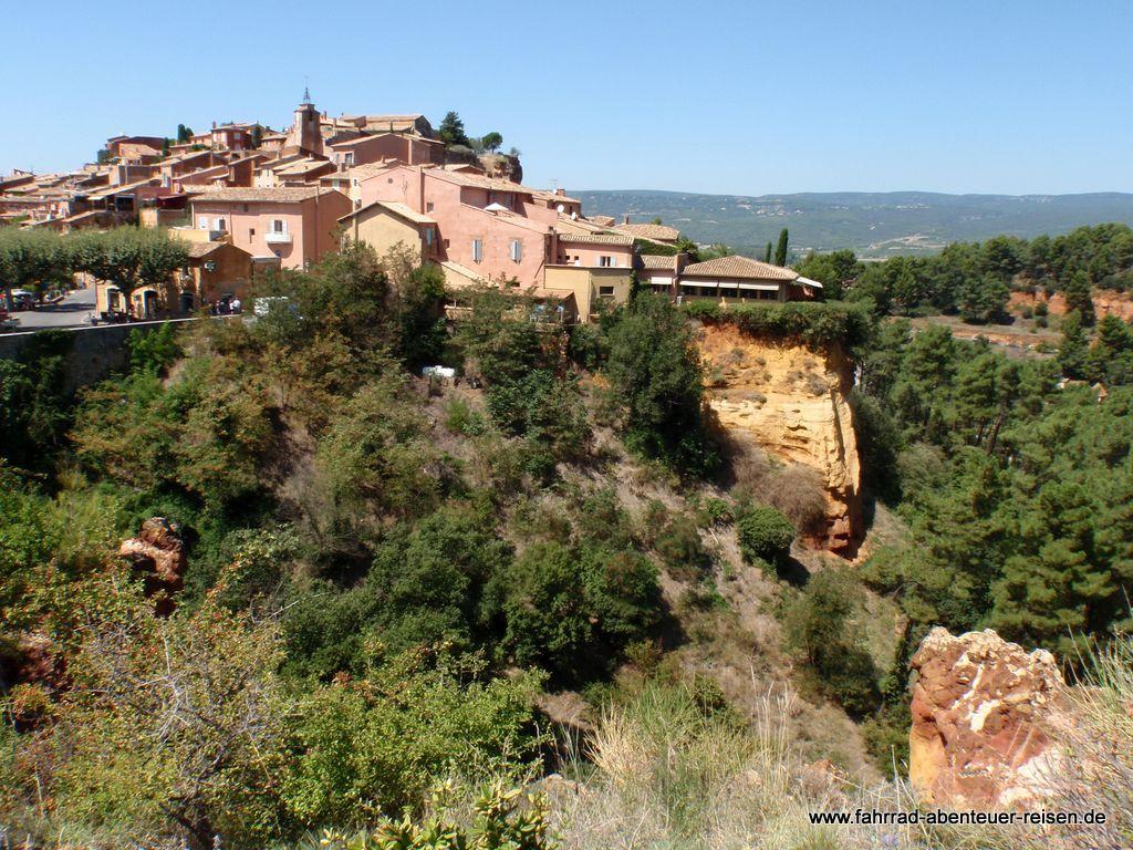 Roussillon in Frankreich: Dein Urlaub in der Provence - Reisetipp