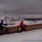 Schnee am Lake Sevan