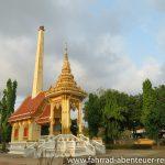 Tempelanlage vor Rayon