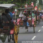 Touristenrummel vor Borobudur
