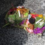 Opfergaben vor dem Hindu-Tempel