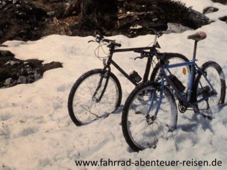 Radfahren im Winter – Tipps für Kleidung Fahrrad Fahrstil Sicherheit