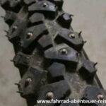 Fahrradreifen - Winterreifen mit Spikes 1